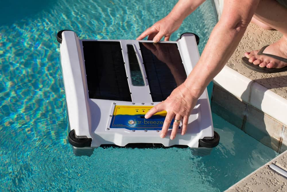 Solar Breeze Nx2 Solar Powered Pool Skimmer Review Hbc